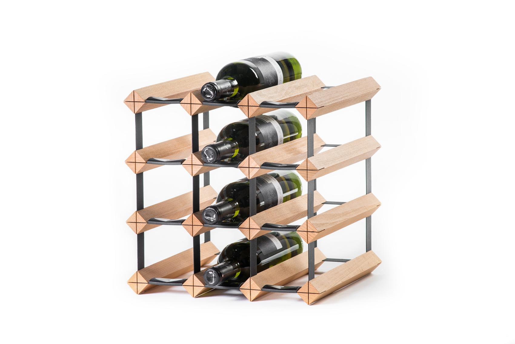 Stojan na víno na 12 lahví